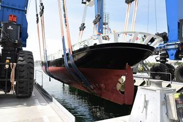 ©Piriou - Coque bel espoir AJD MAE- IPC Concarneau Naval